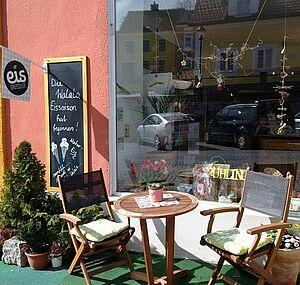 Frau sucht jungen mann in weitra: Breitenbach am inn