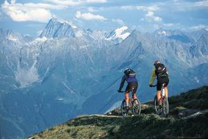 Mountainbiking mit Bergpanorama in der Urlaubsregion Serfaus-Fiss-Ladis