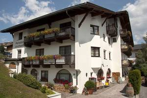 Pension Jochum in Fiss in der Urlaubsregion Serfaus-Fiss-Ladis in Tirol